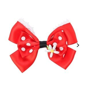 NWOT Minnie Mouse Hair Bow